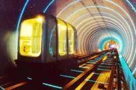 外滩旅游观光隧道