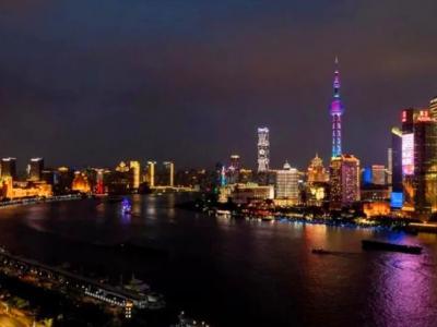 """上海""""外滩之窗""""情系东华毕业季(图)"""
